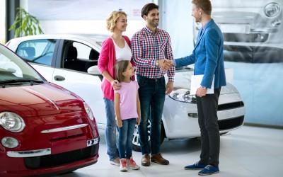 Comment valoriser et récompenser les vendeurs en concession automobile